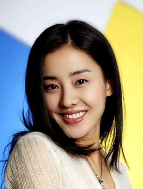 """韩国""""王祖贤""""结婚11年后离婚,独立抚养一对双胞胎"""