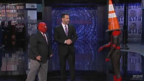 《蜘蛛侠2》小虫秀全套蜘蛛侠战衣 灭霸竟在抢银行?