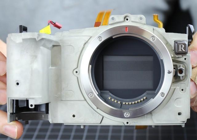 可增加机身防抖 拆解佳能EOS R机身发现小秘密