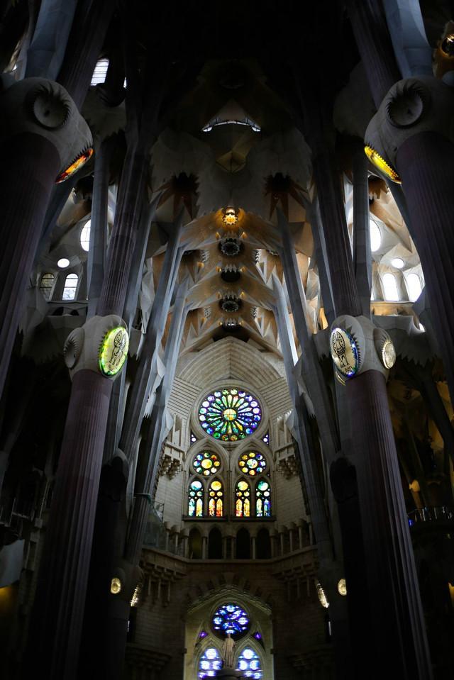屌丝穷游欧洲记「神为神造了一个圣家堂」(VOL.210)