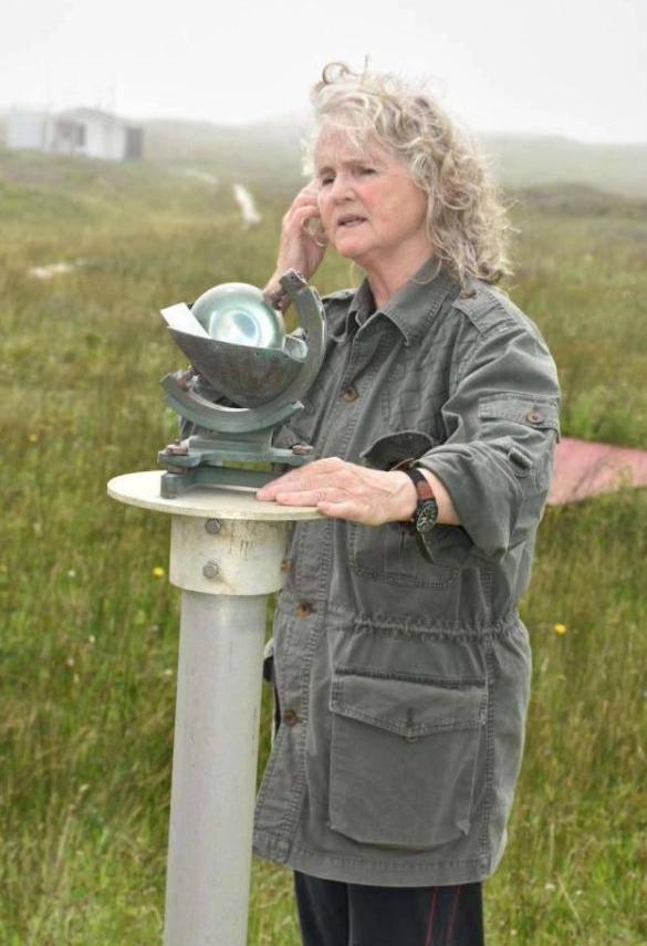 不得不服!67岁女子独自一人在荒岛生活了近40年!