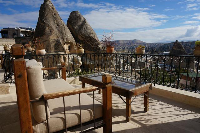 格雷梅最高点的洞穴酒店
