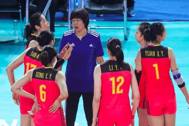 17岁超高颜值排球美少女意外走红!网友:看到她我不再爱木村纱