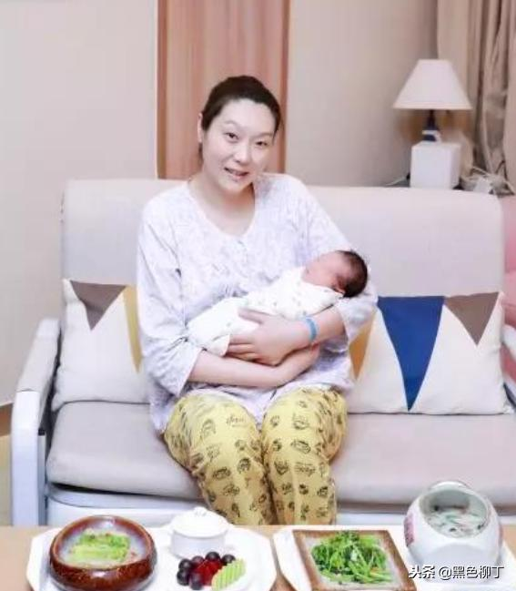 又一位前中国女排球星升级成母亲!女排黄金