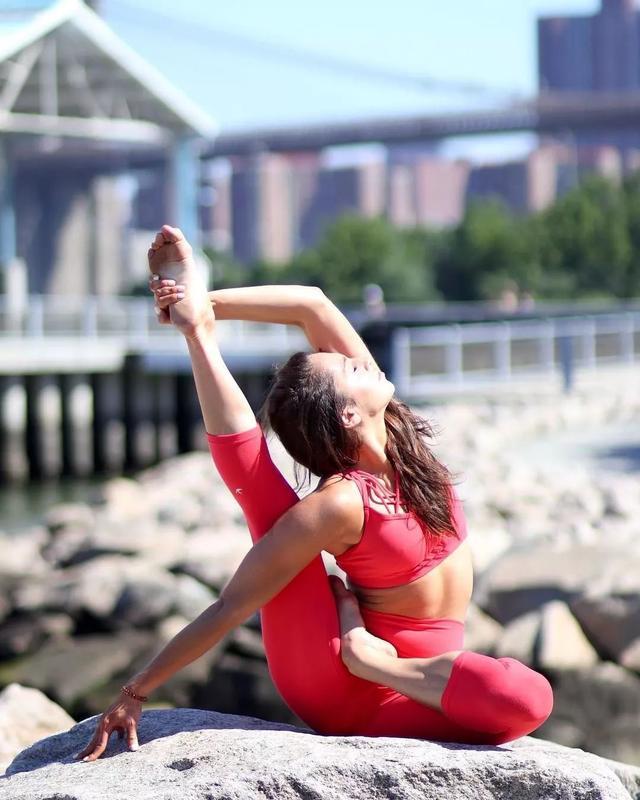 食疗瑜伽运动双管齐下,养颜美容还能够清宿便,这个假期完美