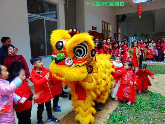 踏歌起舞满堂红,到南宁福娃幼儿园体验传统中国年味