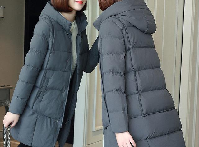 你若70后矮个,又不喜欢穿裙子,建议穿这显高外套,保暖又洋气