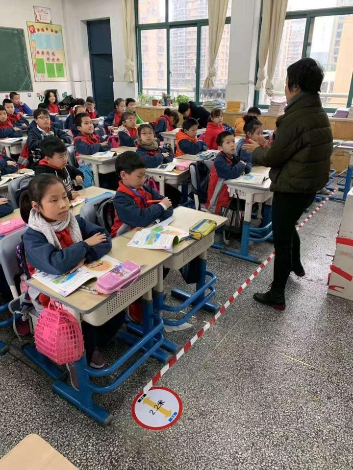 """教室画2米视力安全线!江干区拟推""""视力防控15条"""""""