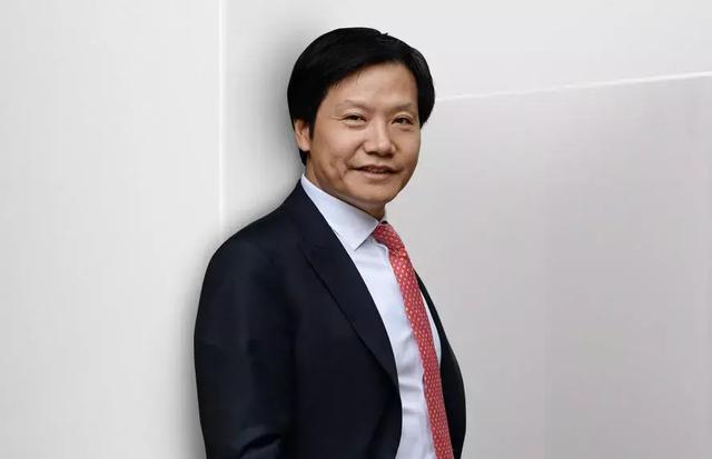 """小米""""互联网营销魔咒"""":雷军微博拧螺丝,CFO为粉丝数发愁"""