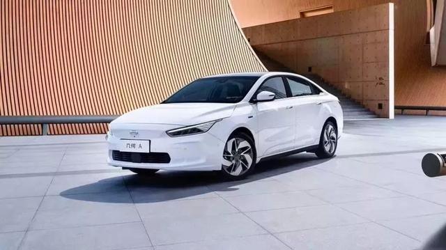 没牌没指标不要紧,这几款品质不输合资的自主新能源车,值得一看