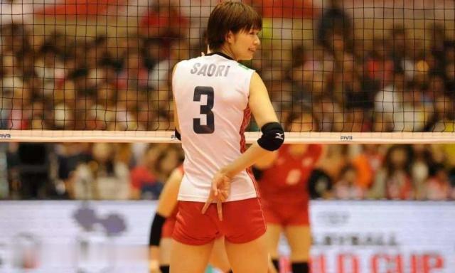 著名排球女神,颜值高技术好退役后火速结婚,曾喜欢中国女排助教