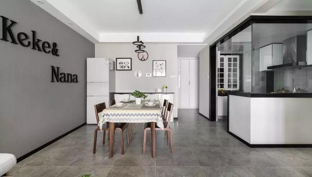 装修铺瓷砖好还是用地板好?