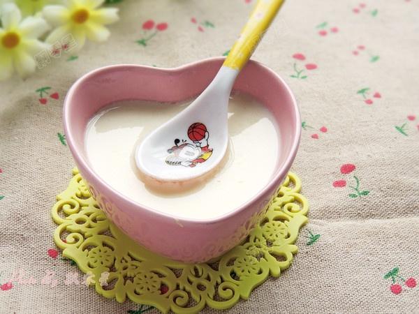 夏天,女人要多喝这碗羹,每天一碗,暖胃美容,越吃越漂亮