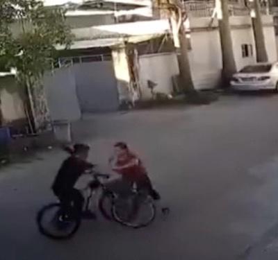 """""""自行车版保时捷女司机""""仍在住院,丈夫系村官!两家此前有矛盾"""