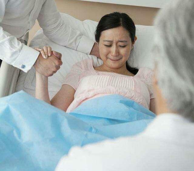 计划赶不上变化,孕妇执意顺产差点害了胎儿!
