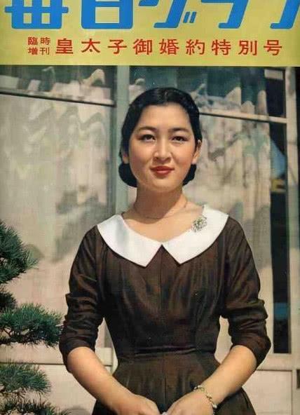 """同样是登上杂志封面,佳子公主因为颜值,而""""她""""却因为孩子"""