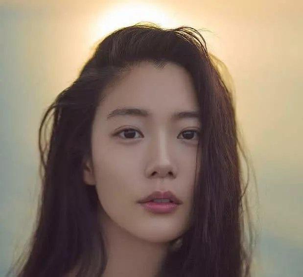 <b>第一美的韩国女星李成敏</b>