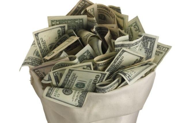 赚再多钱也会花光的3大生肖,因为他们想着花完了再赚就是