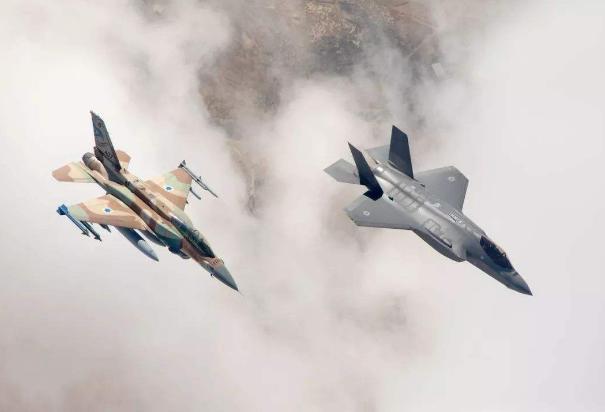 以色列遭数千名火箭突袭,一声令下展开报复,炸毁126门大炮