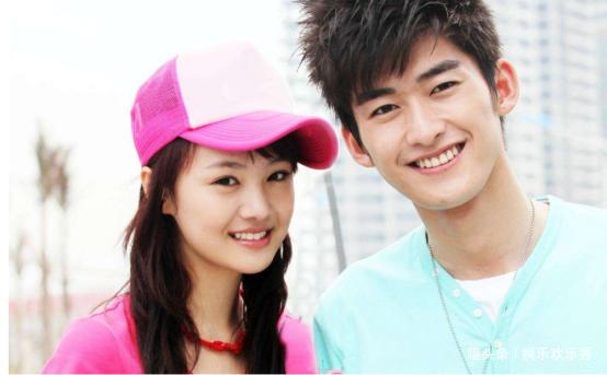 张翰新恋情曝光,与一女星同回豪宅,竟是以兄弟相称的她?