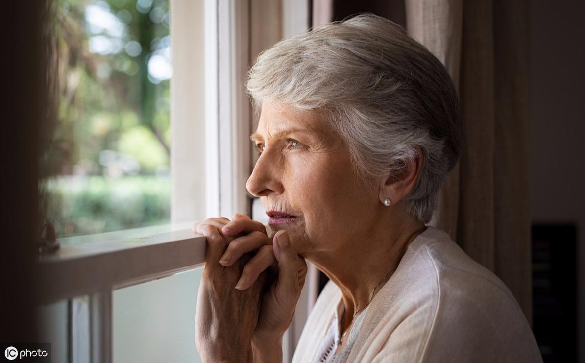 一张很火的老年痴呆测试图,自测一下,预防老年痴呆,只需一招