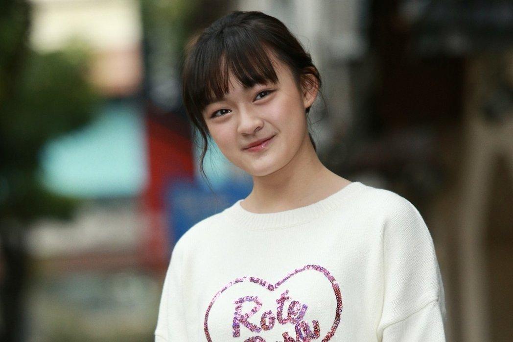 15岁获金马奖女配,收割王俊凯荧幕初吻,连黄渤都赞她演技没话说