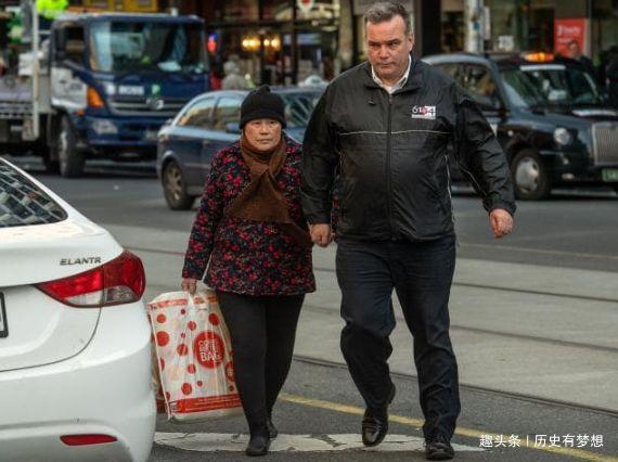 在美国当蛀虫的中国人:北京三环两套房,却在洛杉矶吃低保!