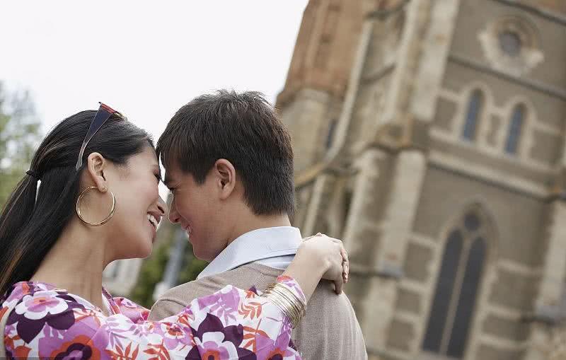 3生肖惹不起,8月初躲过桃花劫,转角遇到爱,脱单的时刻到来了
