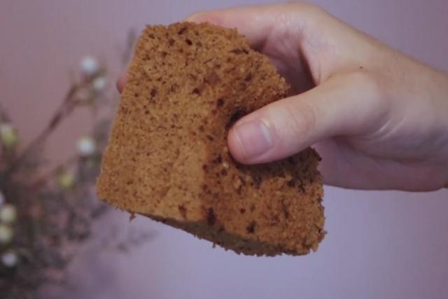 2分钟教你做马拉糕:香味浓郁诱人,松软可口,一口一口停不下来