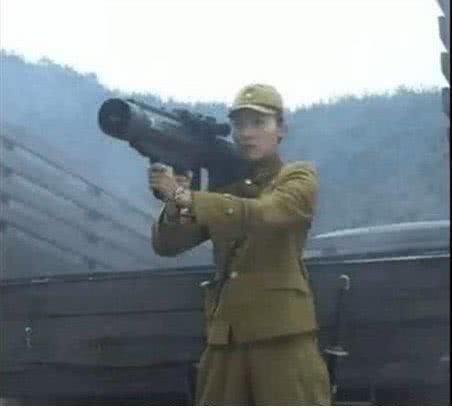 小孩都能看出的穿帮镜头:扛大炮抗战我忍,嘟嘴卖萌过分