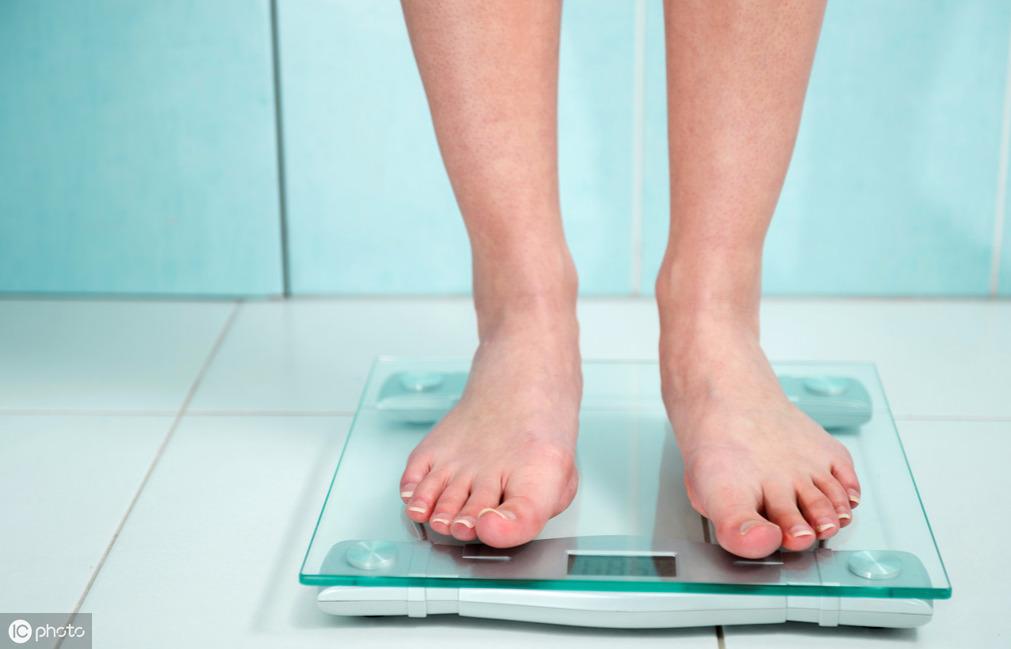 <b>早上起床后称重为什么会减轻?难道晚上会消耗脂肪?真相多人不知</b>
