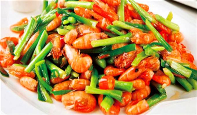 人到中年想长寿,推荐吃三种食物,美容养颜、淡化皱纹,早吃早好