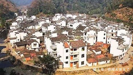 印度怪异村庄,全村人长一个样,科学家也无法解释