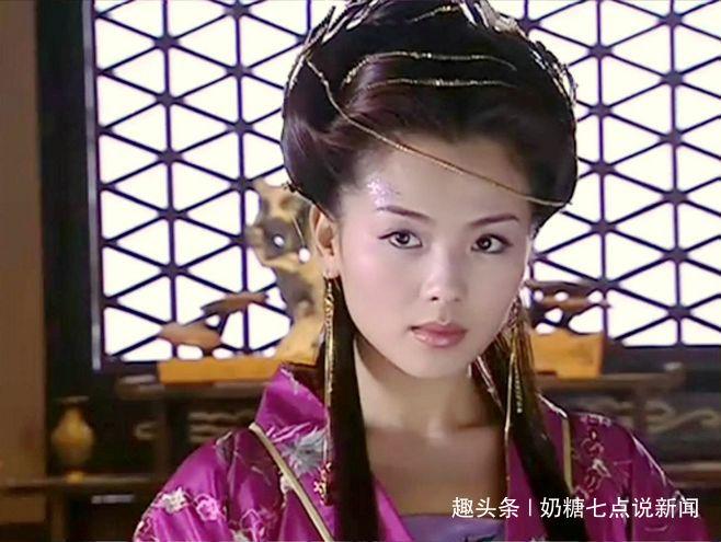 此女才貌双全:一位皇帝为她钟了满城花,另一位为她杀了皇帝