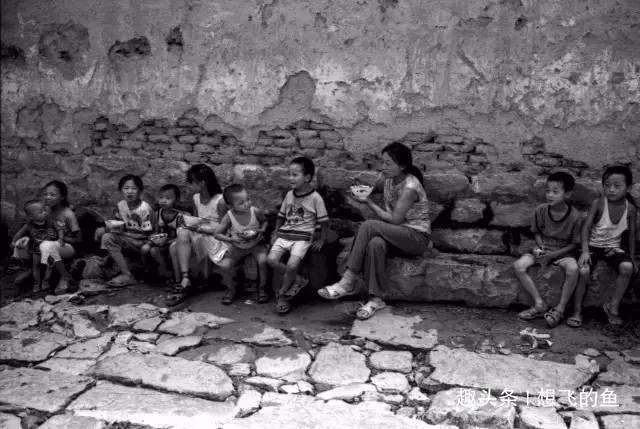 许久没有翻开的老照片——回忆童年是件快乐的事!