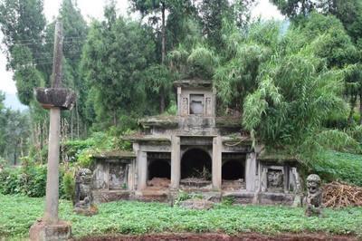 有一墓地,却埋葬着开国皇帝,如今韩国有4万多后裔