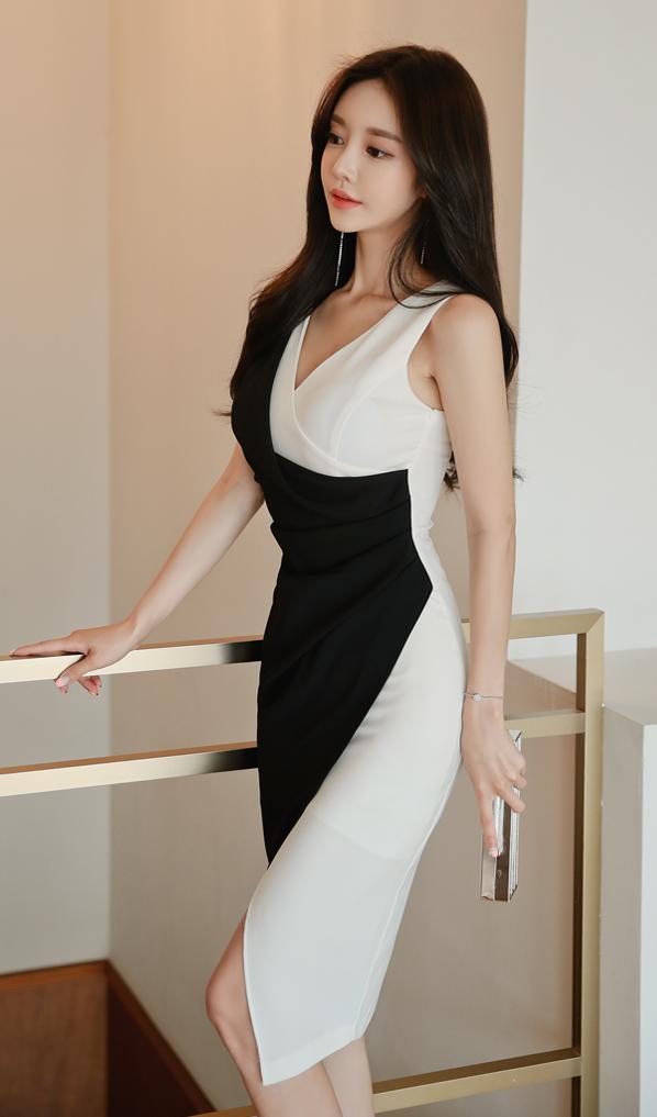 <b>孙允珠性感黑白天鹅裙,一双迷人的大眼睛,现在还是单身哦!</b>