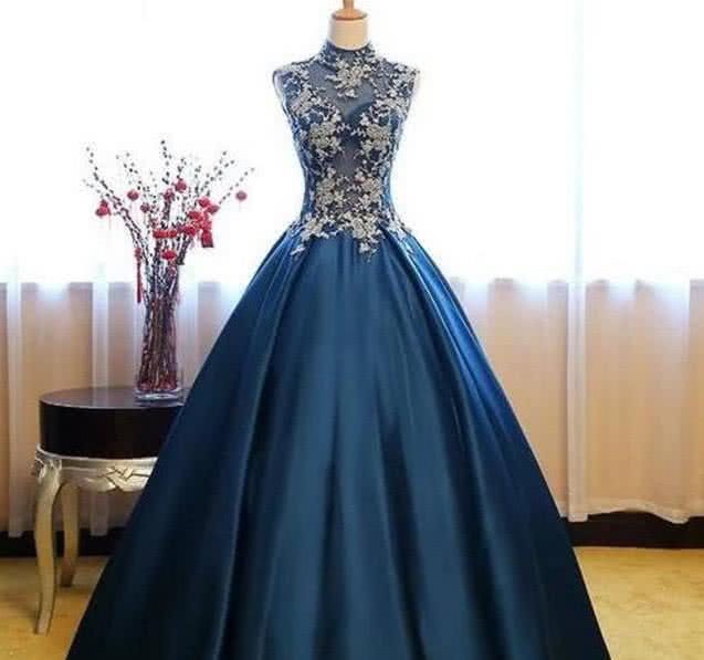 心理学家:假如前任结婚,你会穿哪个裙子?测你究竟有多虚伪!