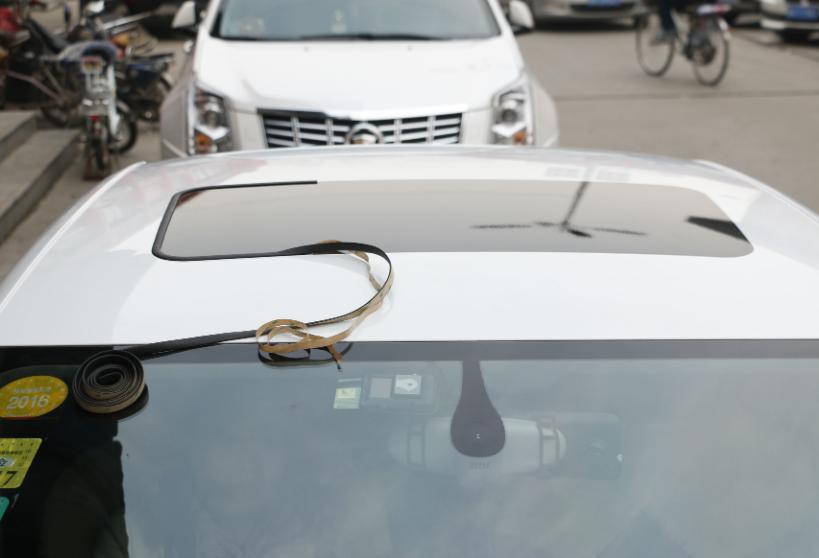 汽车天窗鲜为人知的5大作用!很多人开车到报废都不懂,简直可惜