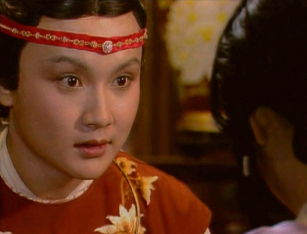 《红楼梦》里王夫人对贾元春和贾珠好一些,还是对贾宝玉好一些?
