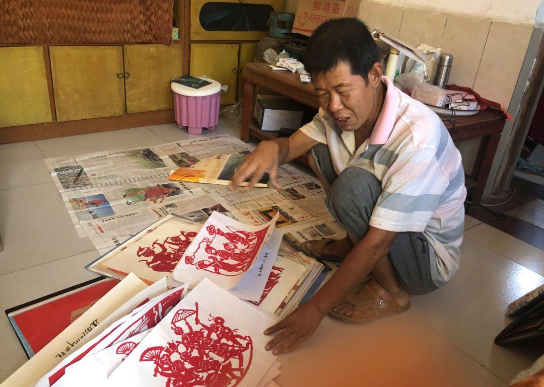 河南农村有个民间艺人,剪出的剪纸栩栩如生,一年能赚3万元!