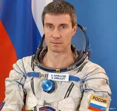 最惨宇航员:国家灭亡了,他却在太空飘了311天