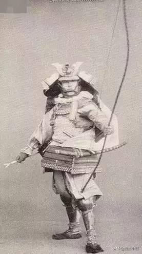 <b>1.7米的个子被称为巨人;古代日本人到底有多矮!</b>