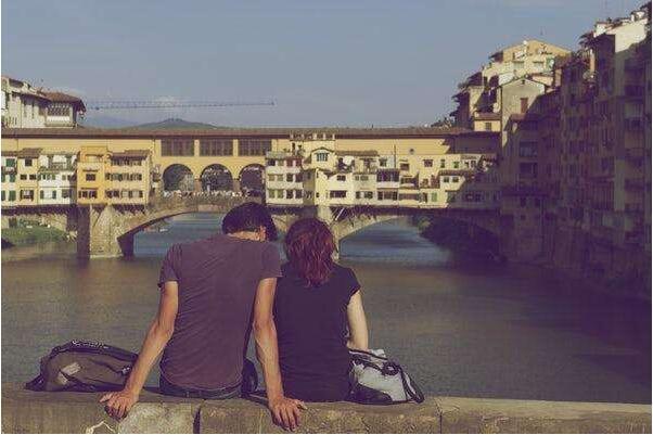 爱情会使人变傻变笨,不在感受失恋,不在感受痛苦