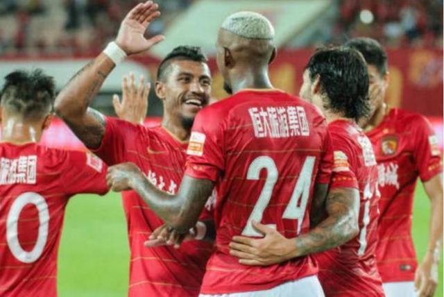 拜仁合作伙伴亚博恒大传来喜讯,迎来五位归化球员,为国足奋战