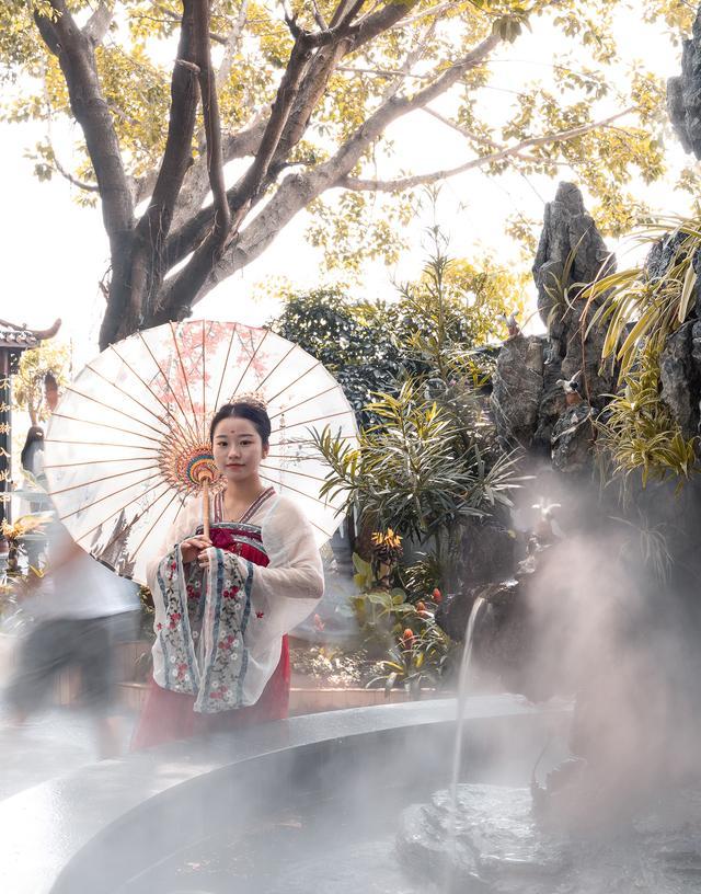 隐贤山庄偶遇汉服小姐姐打卡新景点!