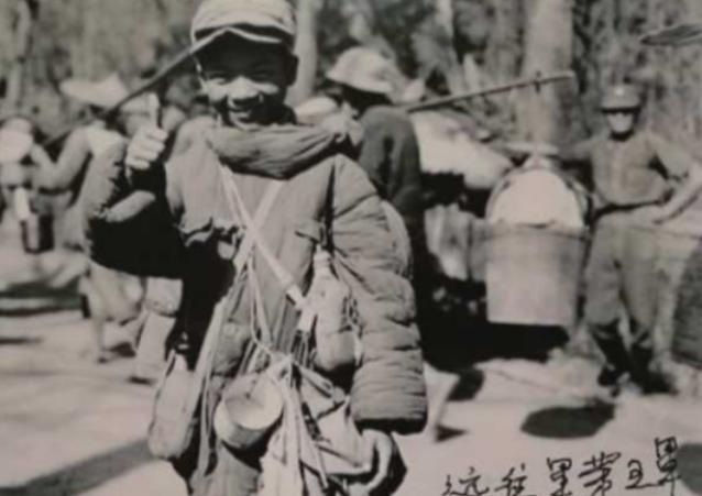 抗战时期娃娃兵的照片,其中一张的主人找到了,如今高龄88岁了
