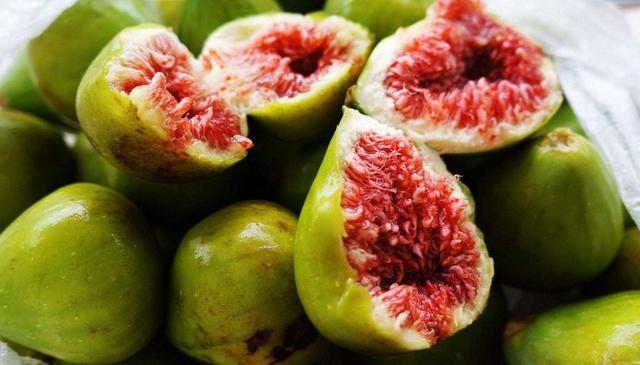 无花果5种最好吃的做法,简单美味又馋人,看看你喜欢吃哪种?