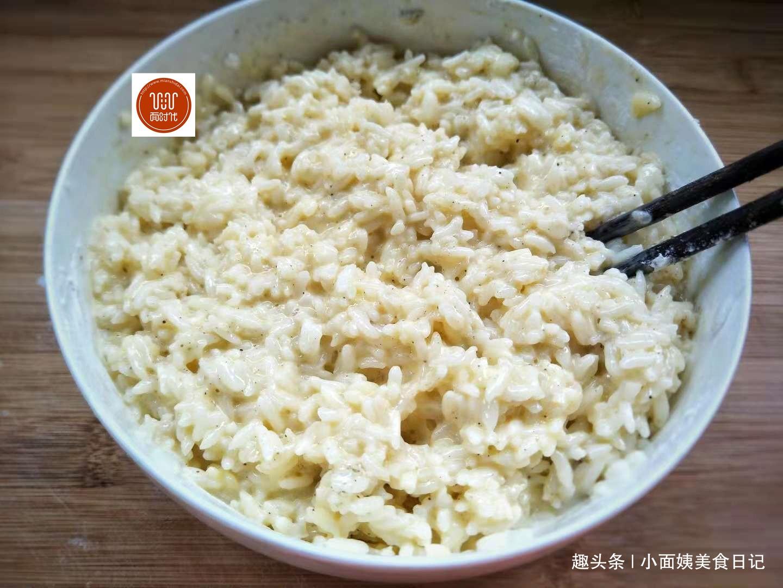 剩米饭别只会做蛋炒饭,试试这做法,香脆入味,挑食的孩子都爱吃  第7张