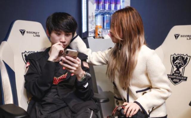 「亚洲城手机网址」网友倡议最蒙欢送韩援投票,Theshy枯获第两,第一没有是Doinb